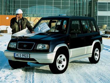 1991 Conquistar tantos admiradores assim não é pra qualquer carro. O novo Vitara chegou com 5 portas e motor 1,6l.  Mais espaço para as pernas, para carregar quase tudo, opção de câmbio automático e mais ecológico também.